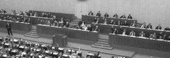 DDR regering treedt af