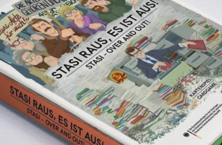 Lancering van het Stasi-kaartspel valt samen met dertigste verjaardag bestorming van het Berlijnse hoofdkwartier