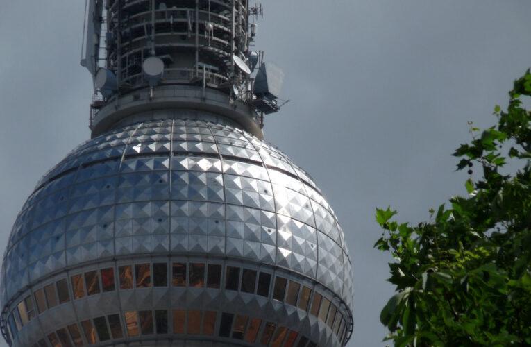 Berliner Fernsehturm de 'Wraak van de paus'?