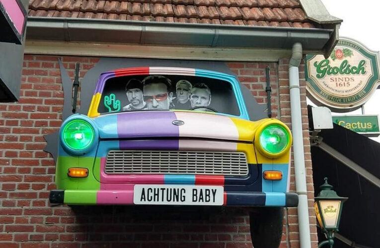 Een èchte Trabant aan de muur