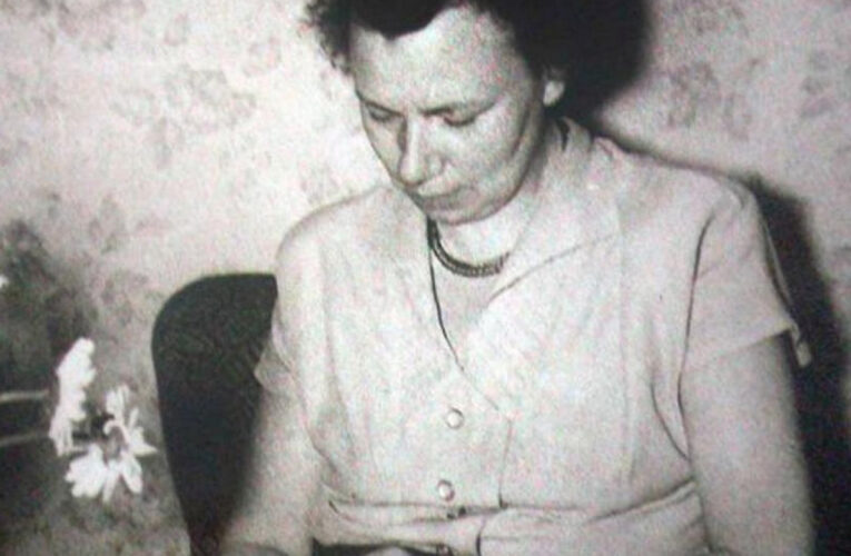 Elli Barczatis en haar geliefde vanwege spionage onthoofd