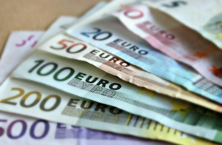 Hogere pensioenen voor ambtenaren van het staatsapparaat van de DDR
